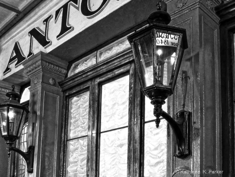 Antoine's, New Orleans -bw