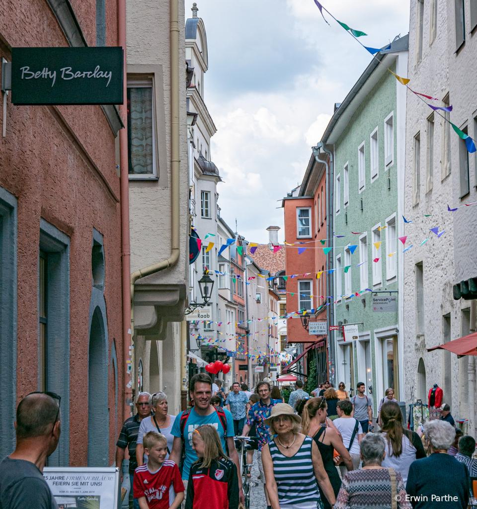 Narrow busy  street