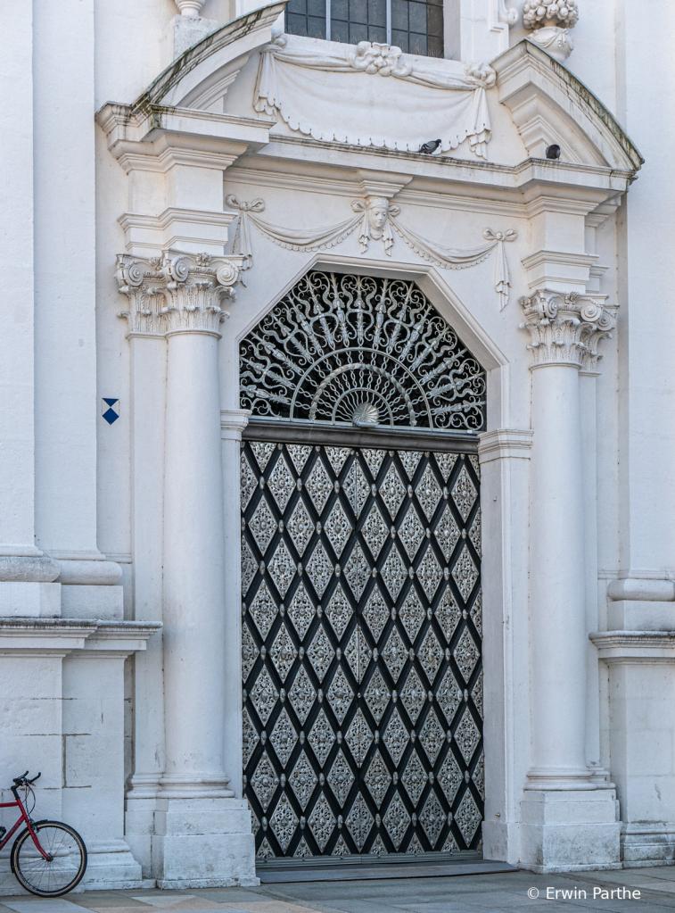 beatiful entrance