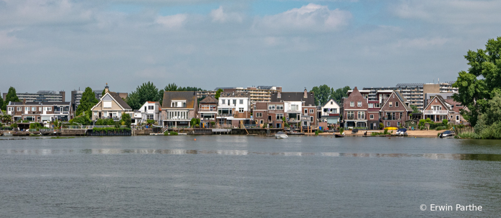 Shore view leaving Kinderdijk