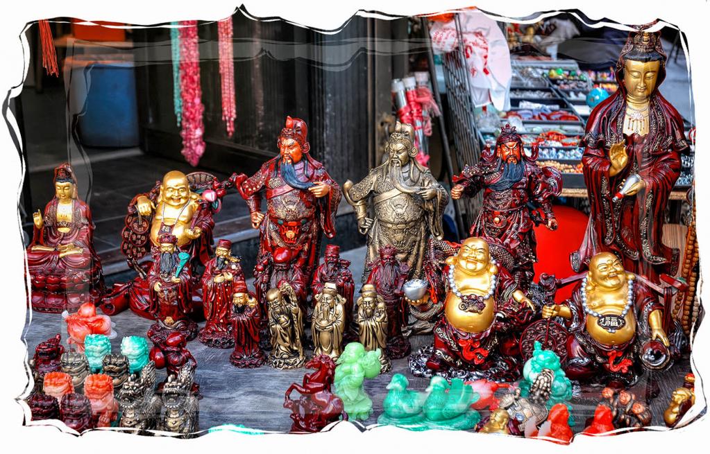 Chinatown Souvenirs