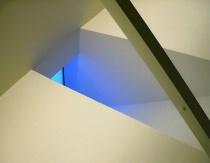 Ceiling V
