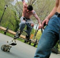 Skate jumper