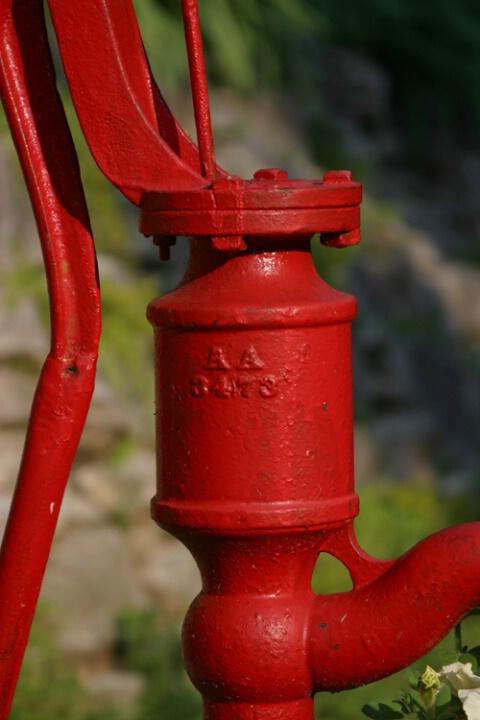 Red Pump 2