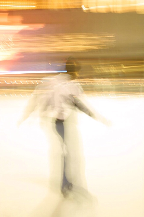 Iceskater, Rockefeller Plaza, NYC - ID: 217726 © Jim Miotke