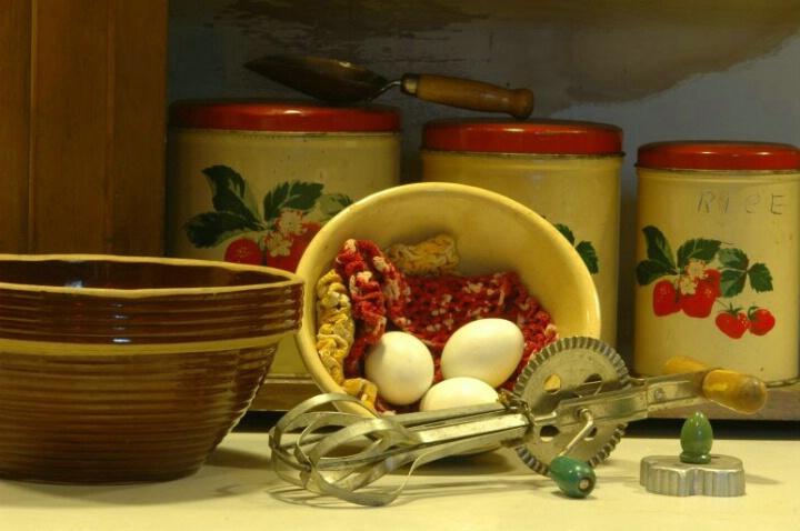 1942 Kitchen - ID: 571918 © Frieda Weise