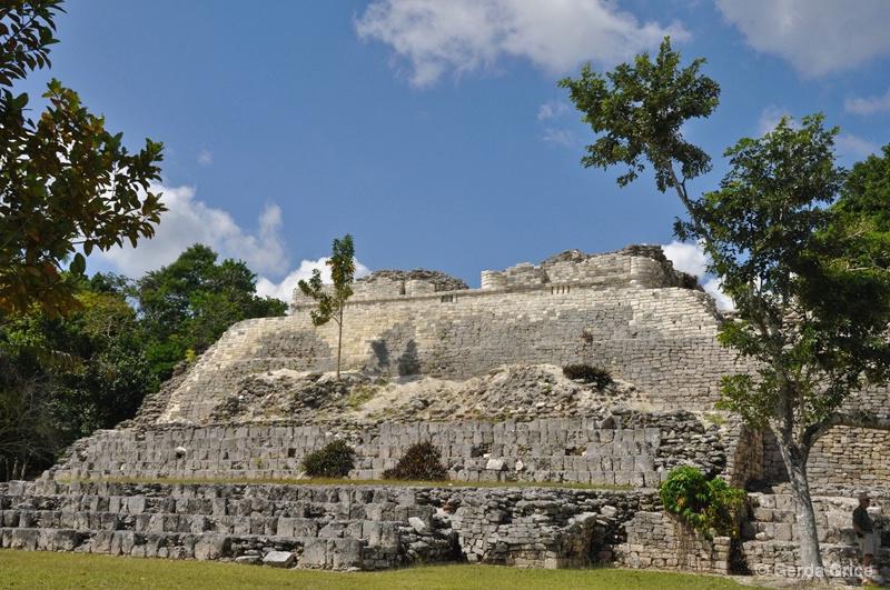 Elegant Mayan Ruins at Kohunlich, Mexico - ID: 8276432 © Gerda Grice