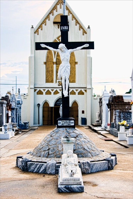 Crucifix of Jesus and Chapel of St. Roch - ID: 8985496 © Kathleen K. Parker