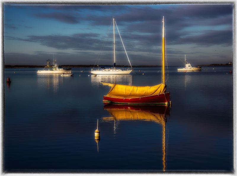 Boat At Sunrise - ID: 14688349 © Anne Hickey