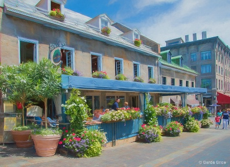 A Charming Terrasse in Old Montreal