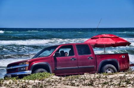 CAMPING & FISHING AT THE BEACH
