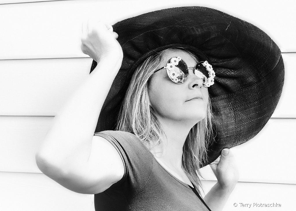 Big Hat - ID: 15725634 © Terry Piotraschke
