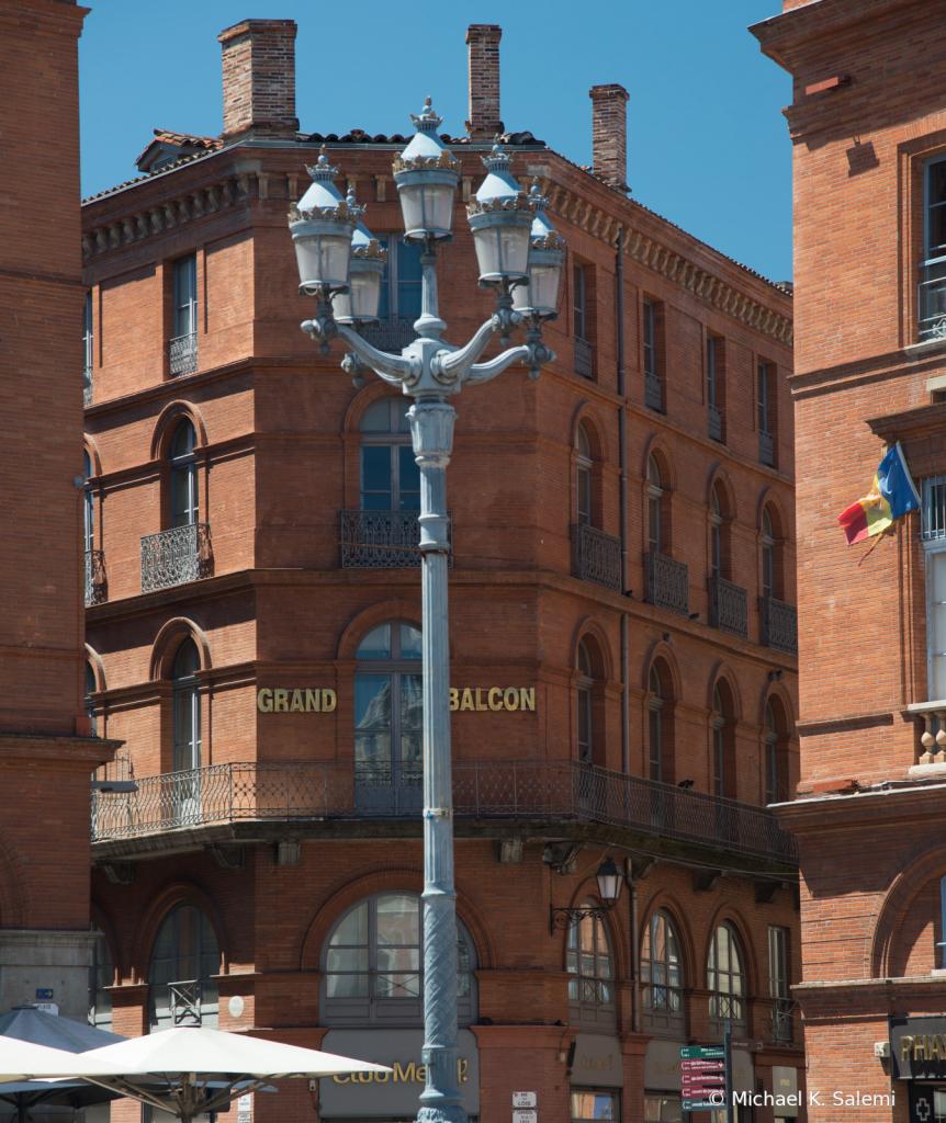 Toulouse Corner