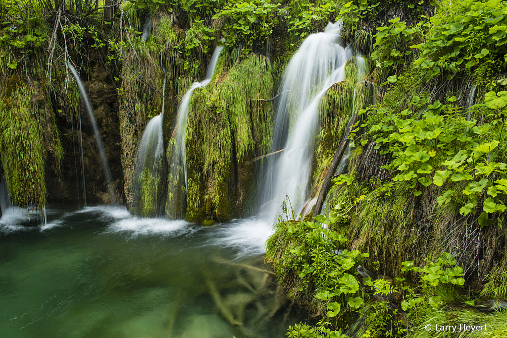 Plitvice, Croatia National Park # 4 - ID: 15729554 © Larry Heyert