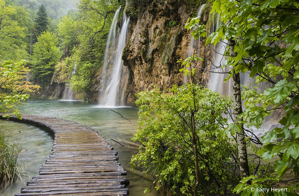 Plitvice, Croatia National Park # 7 - ID: 15729557 © Larry Heyert