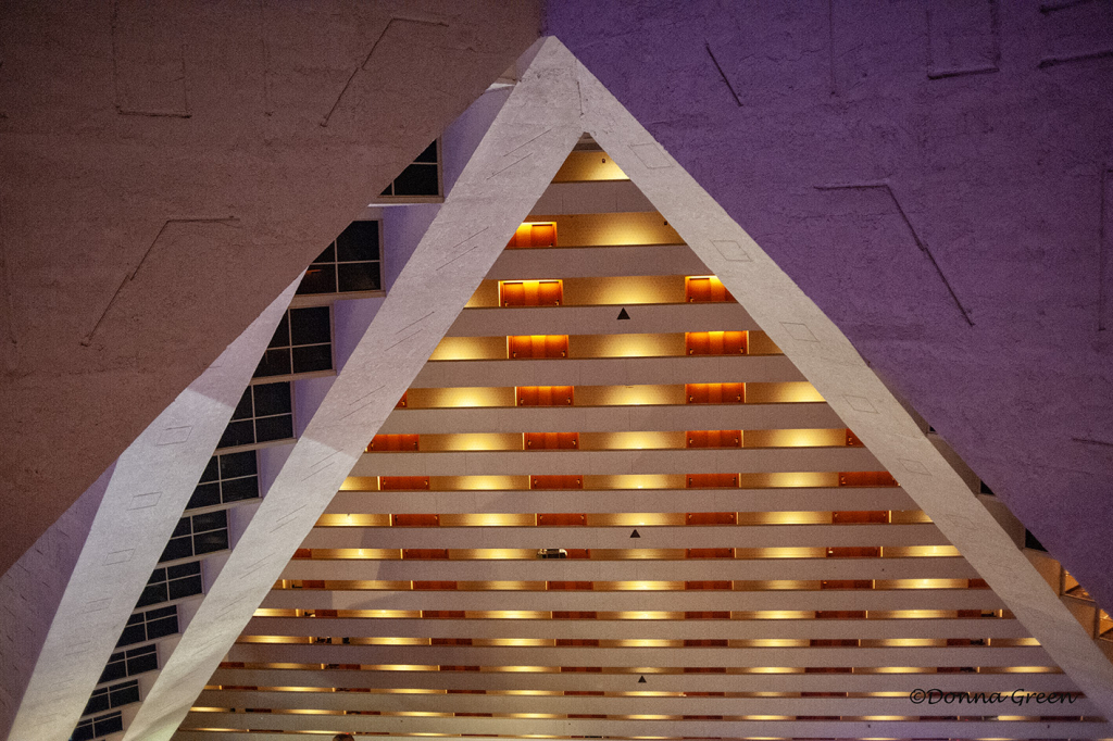 Luxor interior - ID: 15732138 © Robert/Donna Green