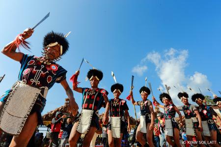 Naga Dance