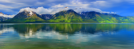 Idyllic Mountains