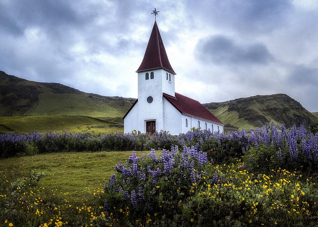 Take Me To Church - ID: 15739154 © Danny B. Head
