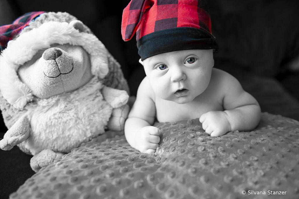 2 month baby - ID: 15741315 © Silvana Stanzer