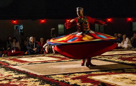Dancer in Dubai