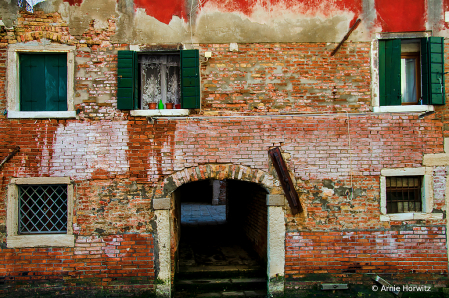 Venice - Windows and Doors