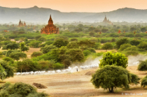 The evening scenery at Bagan