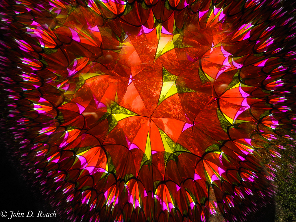 Inside the Kaleidoscope - ID: 15758378 © John D. Roach
