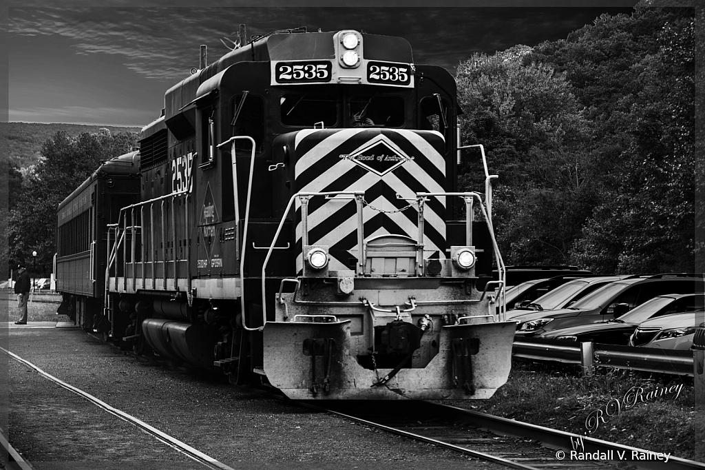 Engine 2535 B&W