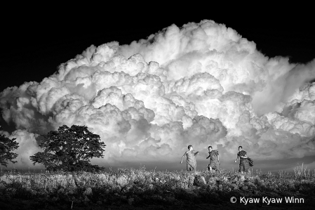 Under The Huge Cloud