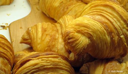 Love butter croissants