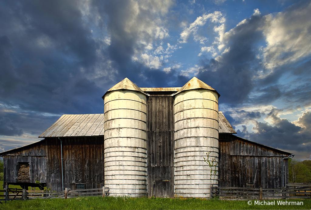 Barnship - ID: 15778258 © Michael Wehrman