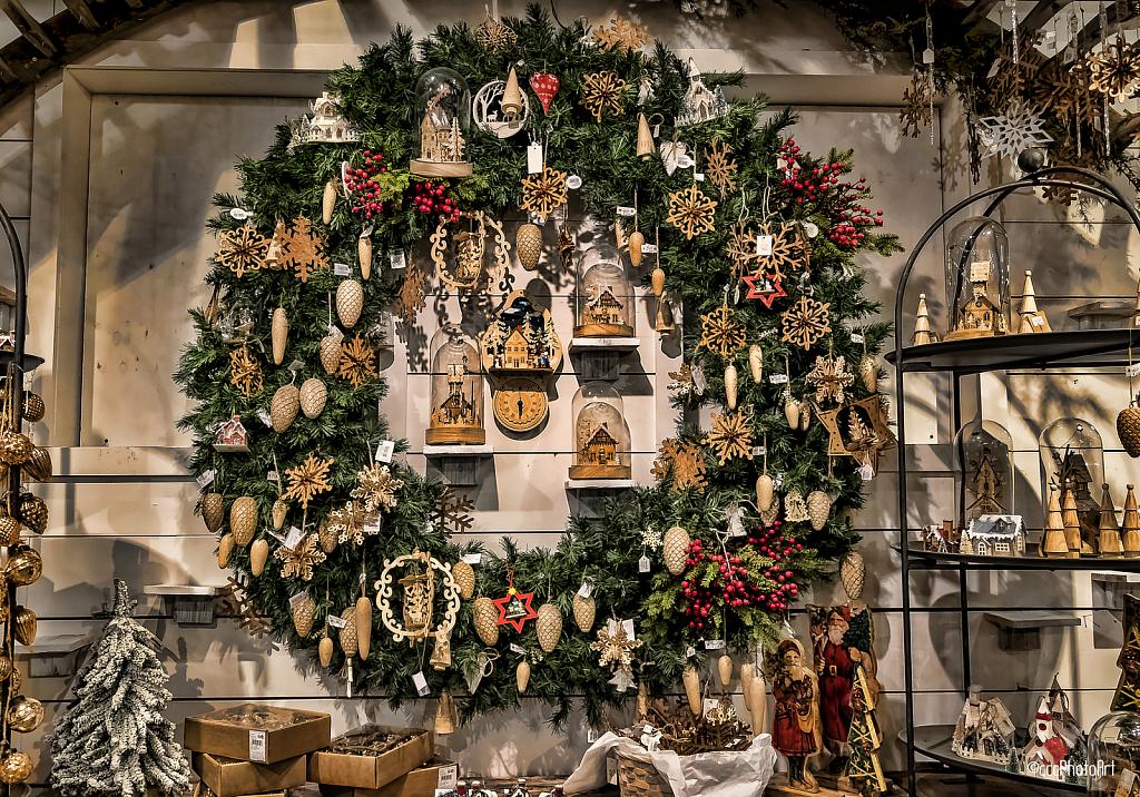 Holiday Treasure - ID: 15779606 © Candice C. Calhoun