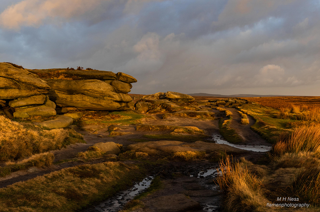 Stanage Edge - ID: 15780796 © Melvin Ness