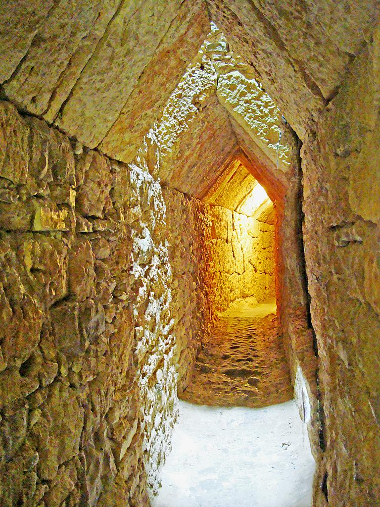 Tunnel of Eupalinos (Eupalinian aqueduct)
