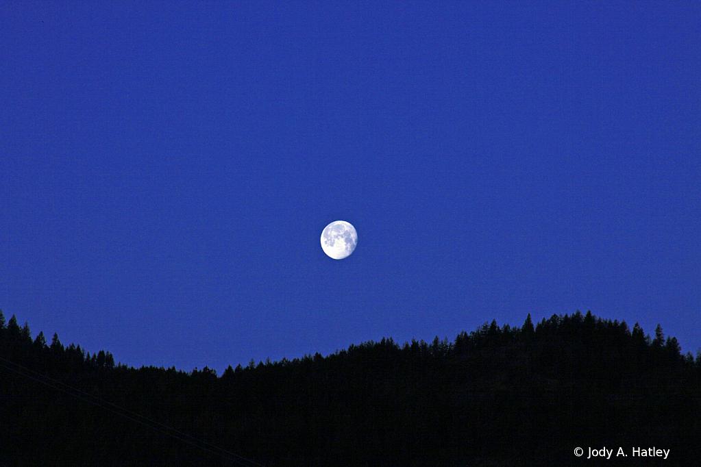 Saturday morning moon