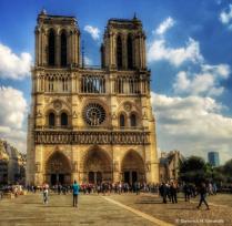 ~ ~ NOTRE DAME DE PARIS ~ ~