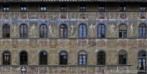 Florentine windows