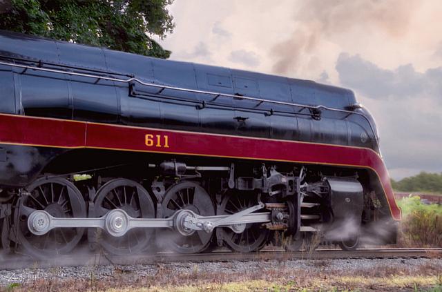Engine 611 Wheel Shot w/steam