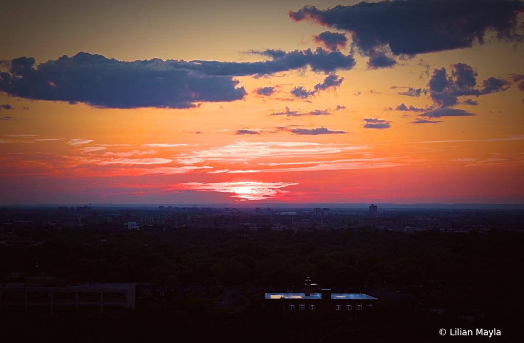Early Sunset - ID: 15831451 © Nada Mayla