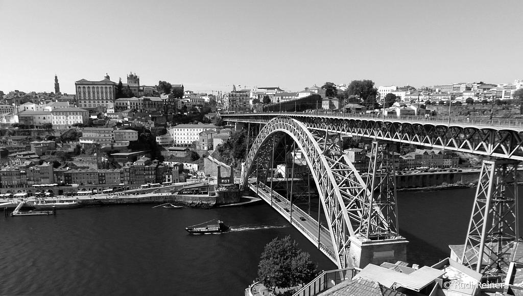 Dom Luís I Bridge across the Douro, Porto