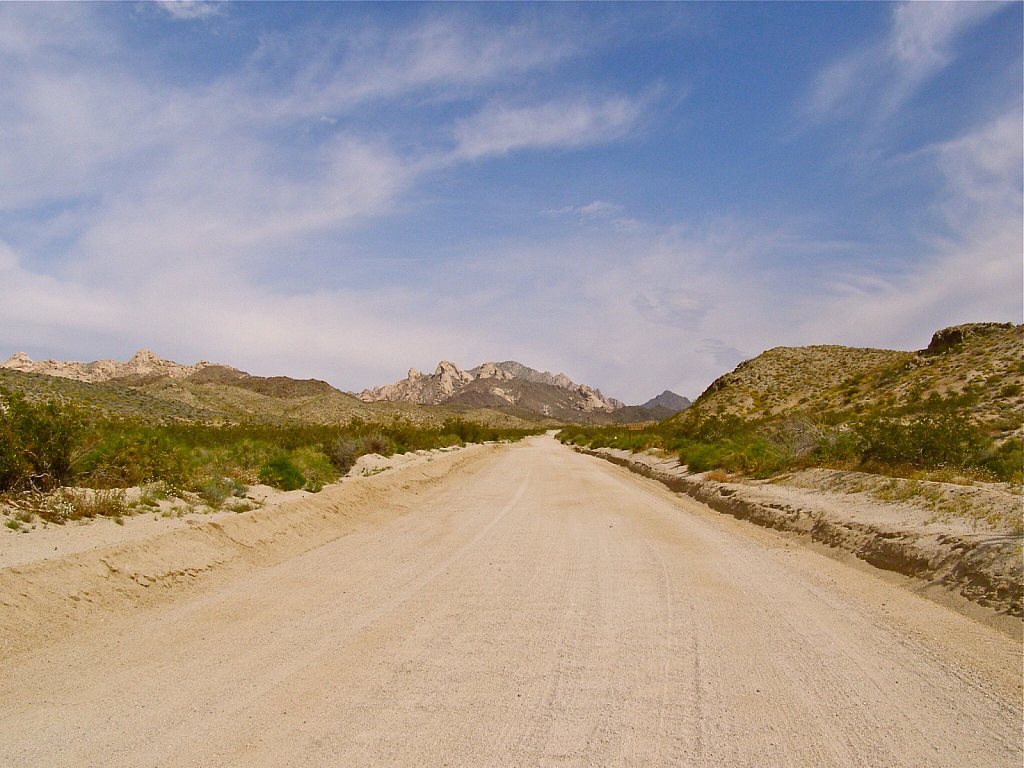 Road to the canyon