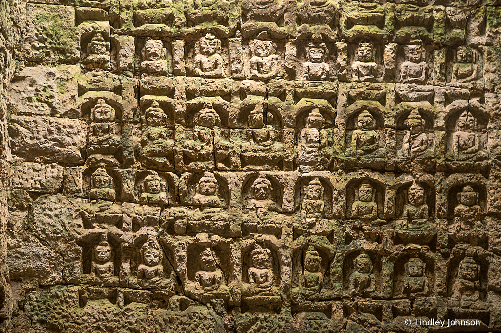 Carvings of the Buddhas