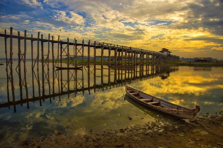 Beauty of U pein Bridge