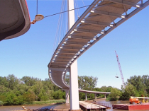 Pedestrian Bridge over Missouri River