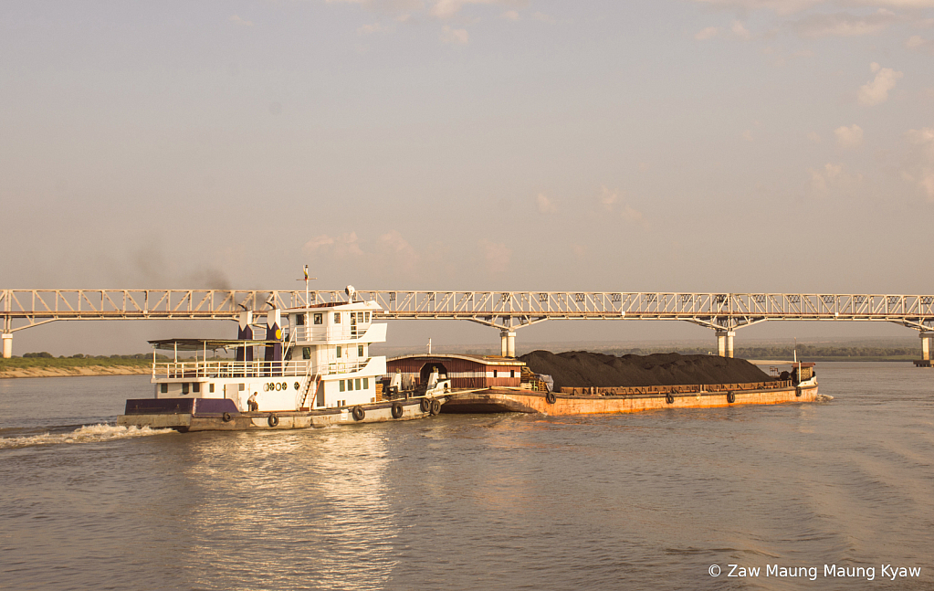 Boat transport Awerawaddy river myanmar