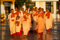 Theravada Buddhist nuns