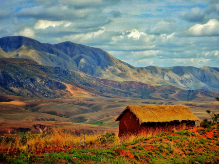 ~ ~ BARN BY THE MOUNTAINS ~ ~