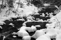 Snow, Stream