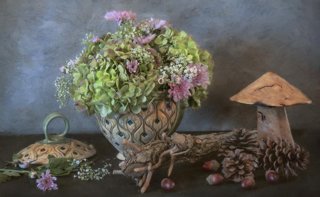 Soup Tureen Floral
